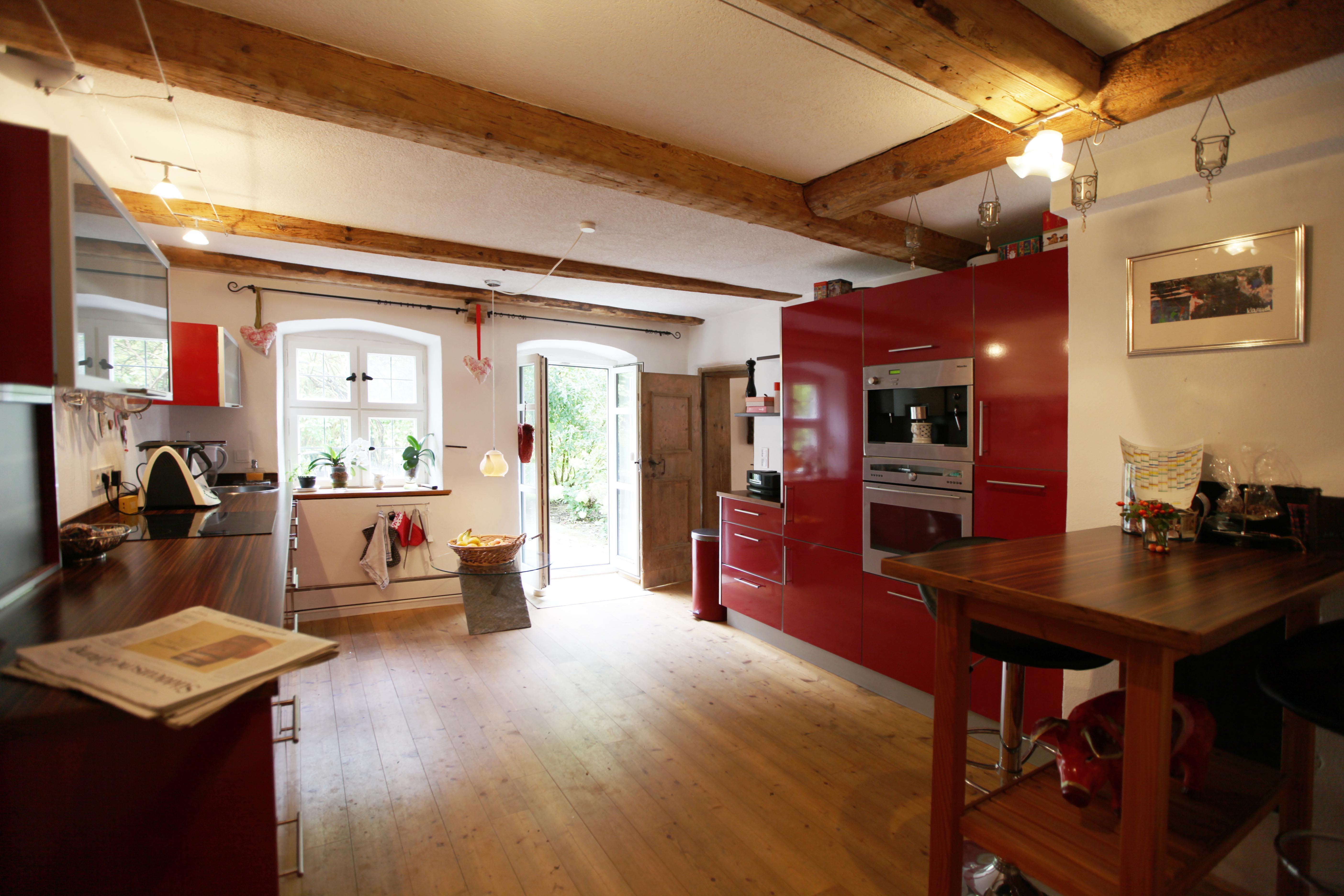 10 Küche von Tür aus