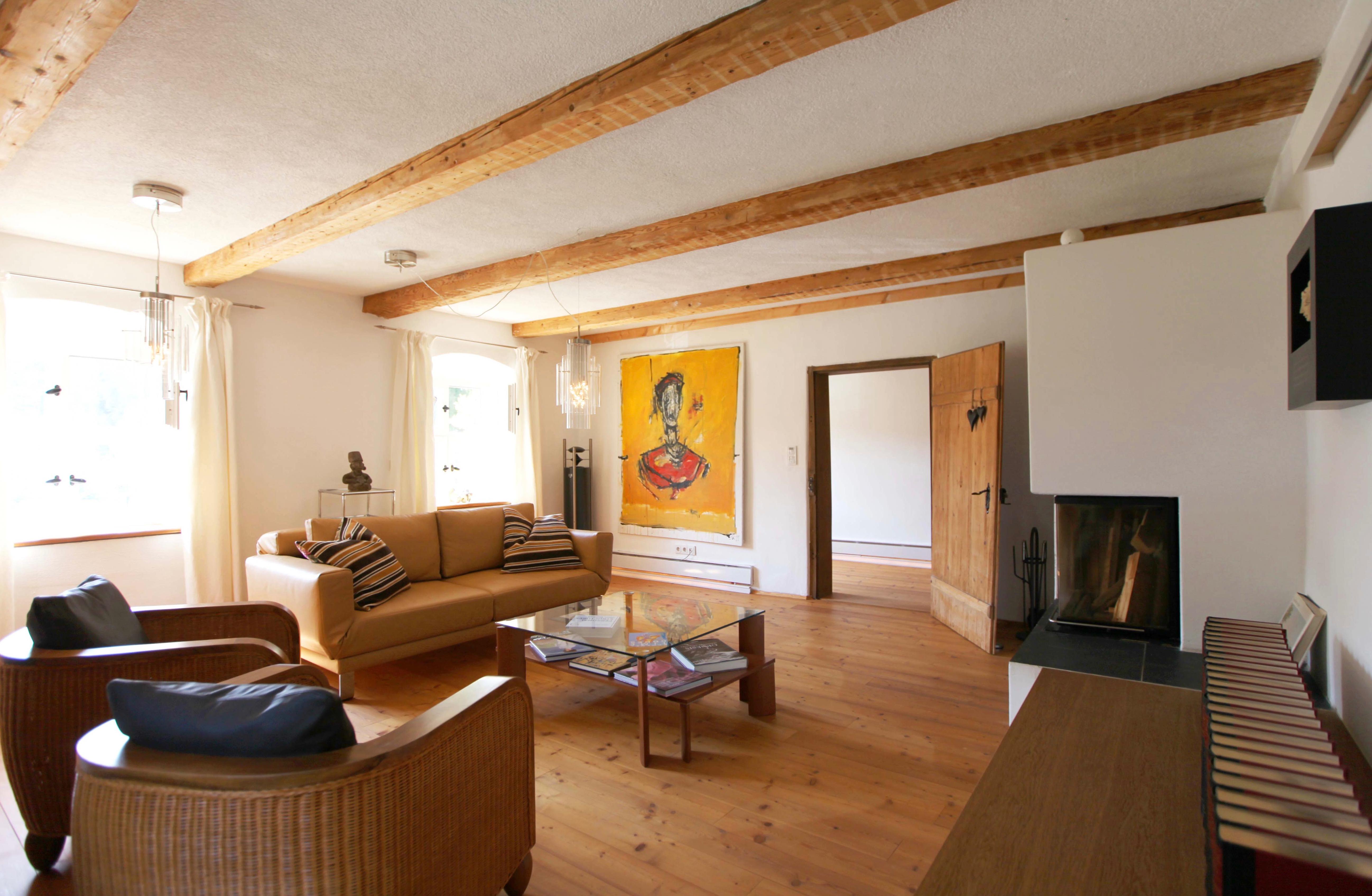 26 Wohnzimmer von Fernseher aus